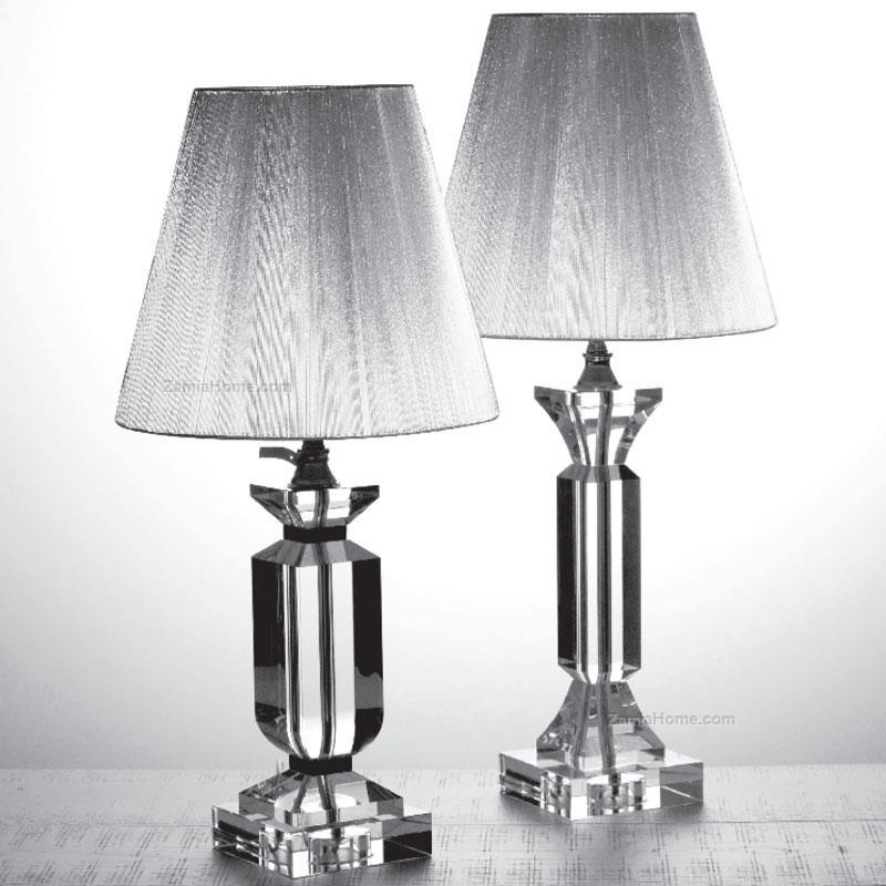 Lampada In Cristallo H56cm a Forma Capitello (a destra della foto)