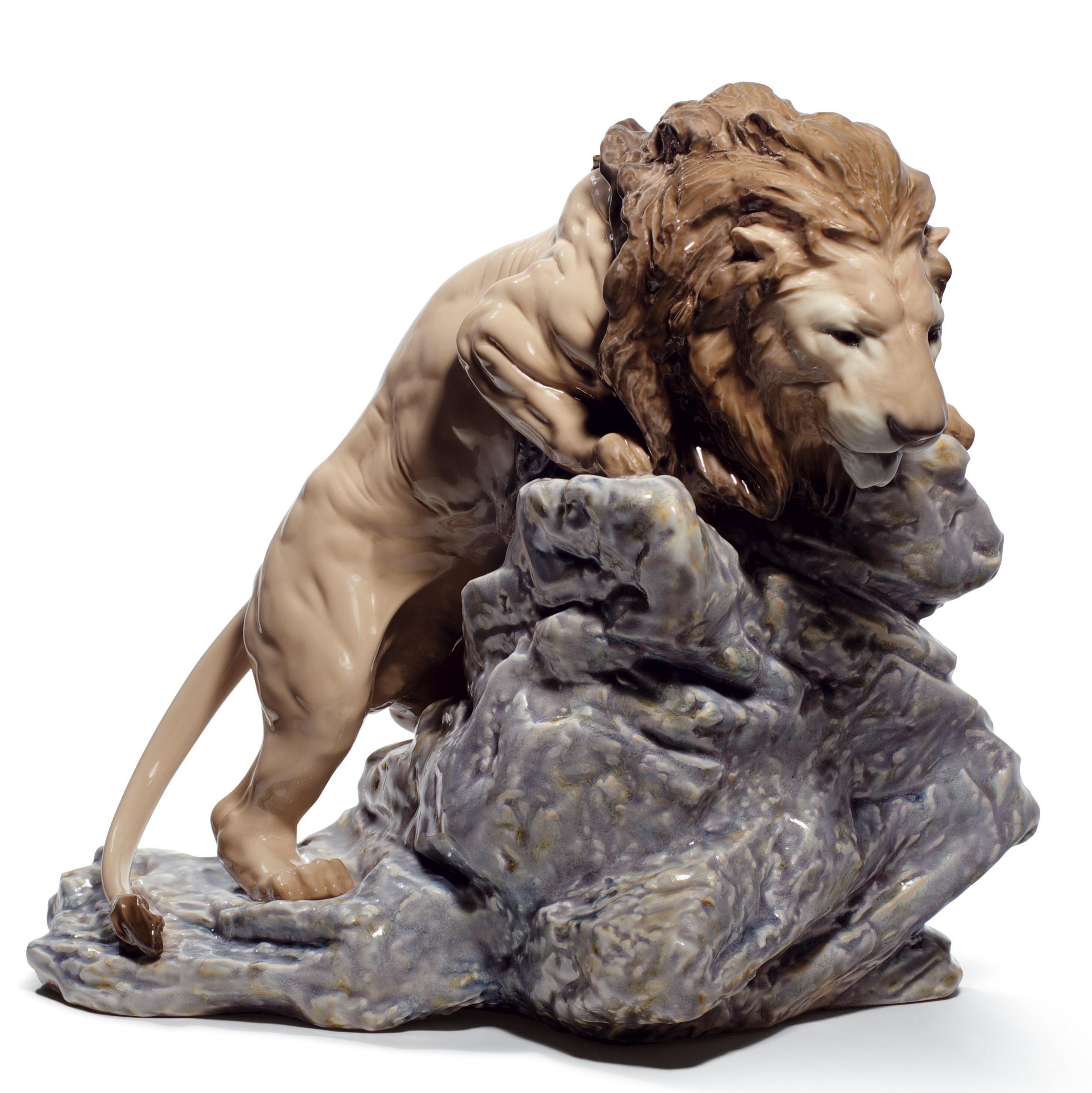leone in agguato